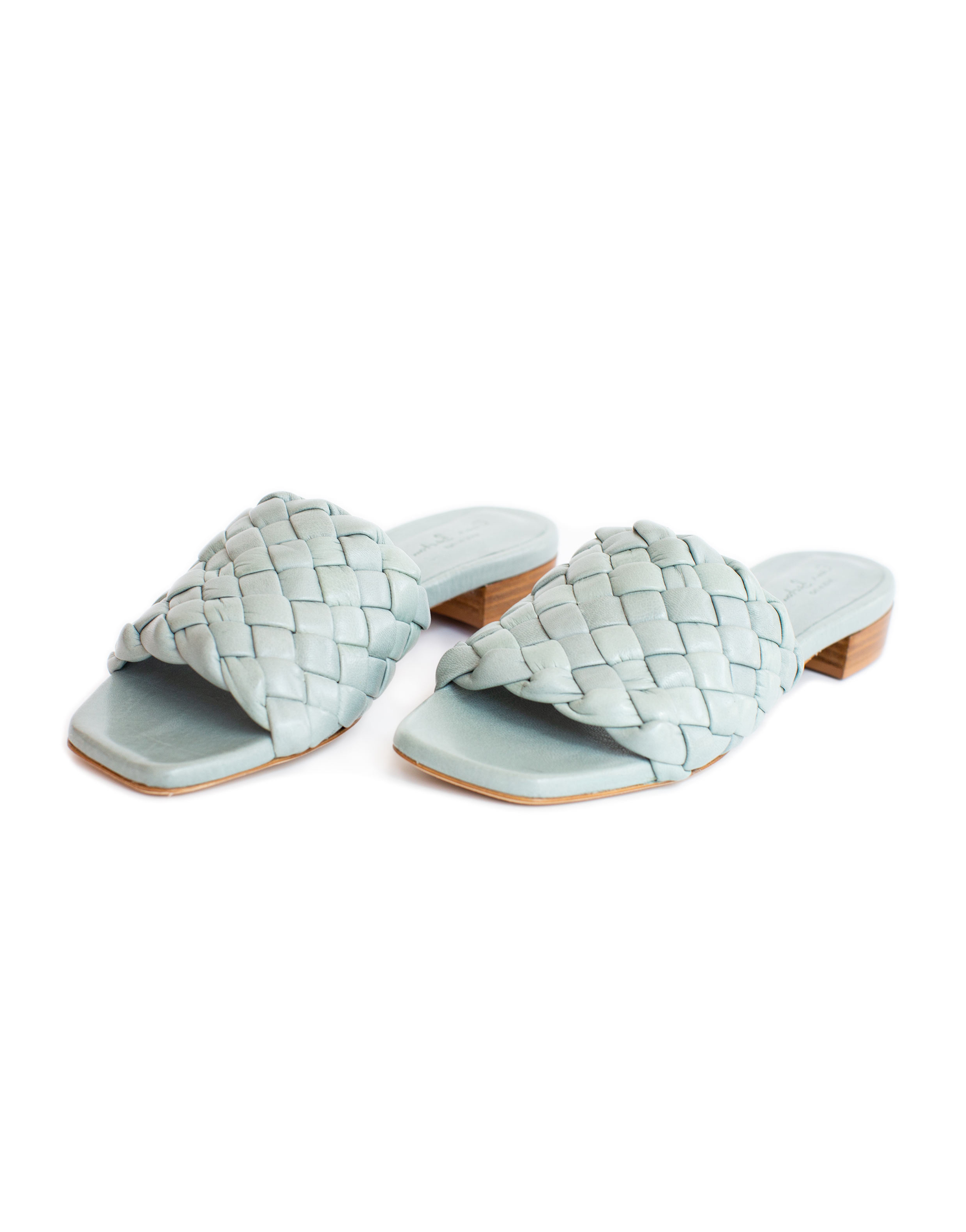 Braided leather flats, blue