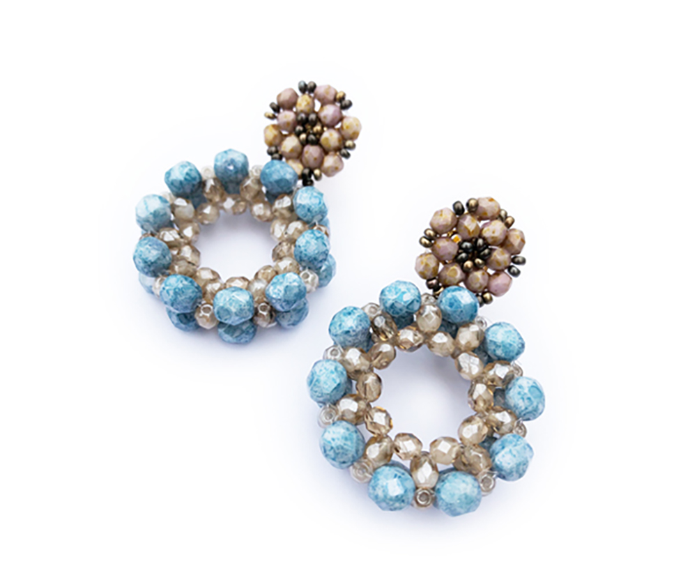 "Earrings ""Laguna"" light blue, crystal beads"