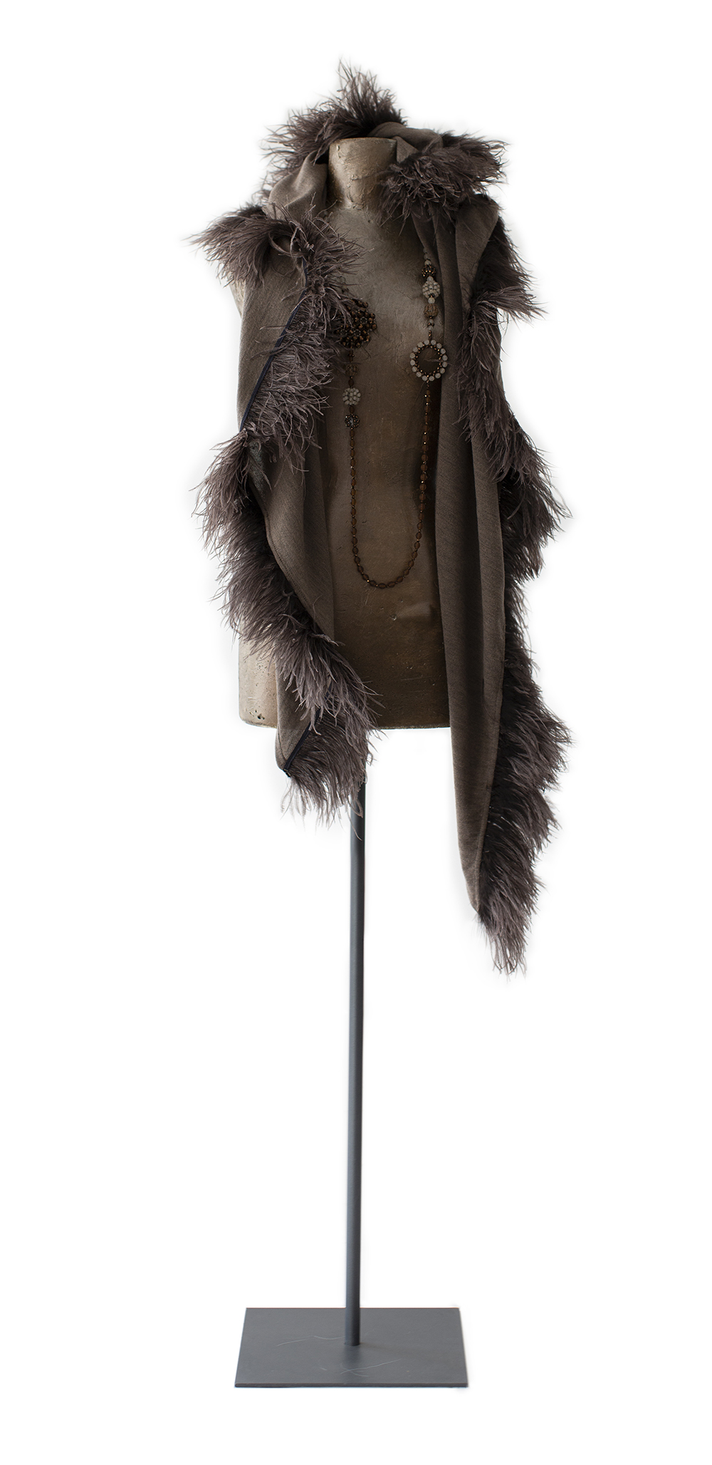 Stole with feathers, taupe