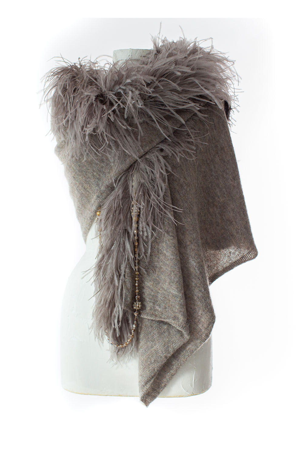 Stole with feathers, grey